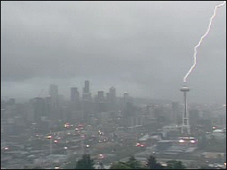 spaceneedle_lightning